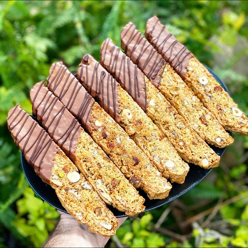 ביסקוטי מצופה בשוקולד