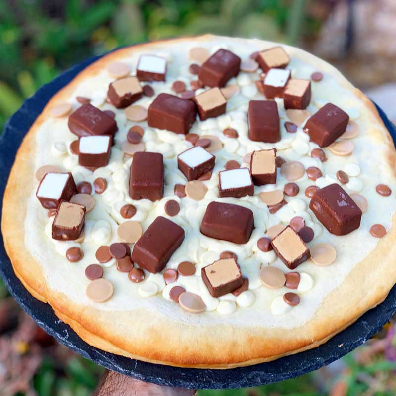 פיצת שוקולד וגלידוניות